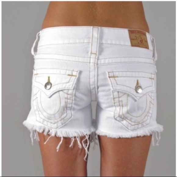 9492344c4 True Religion Keira White Jean Cutoff Shorts. M 5ac7c4853b16085814308091